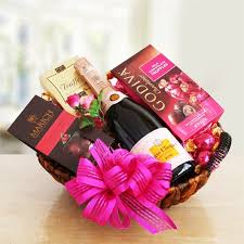 california gift baskets veuve clicquot pink chagne gift basket california delicious