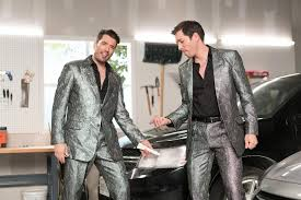 Propertybrothers Hgtv U0027s Property Brothers Don Shiny Suits To Sing Lifehacks For