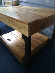 Stained Coffee Table Diy Pallet Natural Stained Coffee Table 101 Pallets