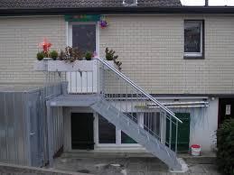 treppen gitterroste burg schlosserei treppen und stege