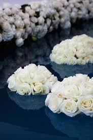 White Rose Centerpieces For Weddings by 27 Best Fountain Decor And Flowers Images On Pinterest Flower