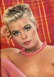 www womenwhocutflattophaircutson 91 best genuine 80s haircuts images on pinterest short hairstyle