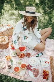 picnic in central park bytezza picnic summerideas tessa