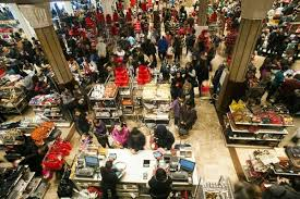 us shoppers welcome early start to black friday 1 chinadaily