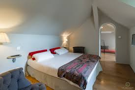 chambre luxueuse luxueuse hotel le sauvage