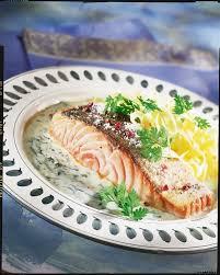 cuisiner pave de saumon recette pavés de saumon à l oseille
