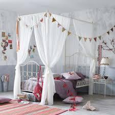 chambre lit baldaquin lit baldaquin enfant inspirations et chambre fille avec lit
