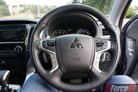 2016 mitsubishi pajero sport review mitsubishi pajero sport review 2016 glx automatic steering wheel