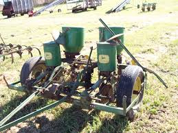 John Deere Planters by Welder Estate Auction Highlights North Central Sales Wisconsin