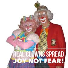 pro clown hashtag reminds us that not all clowns are creepy