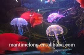 Christmas Decoration For Fish Tank by Aquarium Jellyfish Jellyfish Decorations Fish Tank Christmas