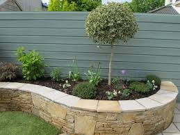 landscaping small gardens pictures