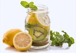 membuat infused water sendiri cara membuat infused water untuk diet ternyata tidak sulit kok