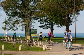 Divvy Bike Map Chicago by The Chicago Lakefront Trail Choose Chicago