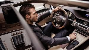 lexus xe hoi sở hữu lexus es 250 giá mới hấp dẫn trong mô hình mới nhất 2017