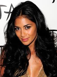 scherzinger was born in honolulu hawaii to a filipino father and