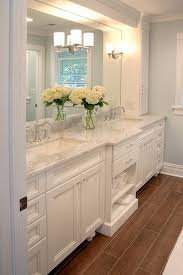 Brown Bathroom Cabinets by 25 Best White Bathroom Cabinets Ideas On Pinterest Master Bath