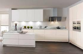 cuisine blanc laqué cuisine contemporaine en bois laquée mate 675 fiala wellmann