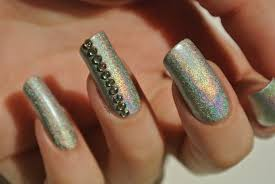 oh gosh a holo to win nail polish in my eyes