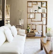 raumteiler wohnzimmer raumteiler mit paravent trennwand vorhang oder regal