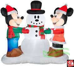 gemmy airblown disney mickey minnie mouse decorating