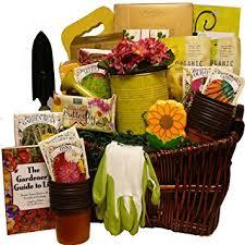 Gardening Basket Gift Ideas Gardening Gift Basket Garden Club Ideas For Gardeners Msl 560 420