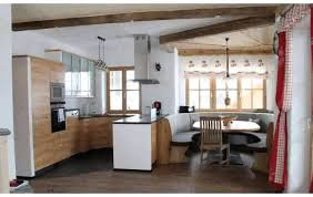 Beamer Im Wohnzimmer Esszimmer Im Wohnzimmer Haus Design Ideen