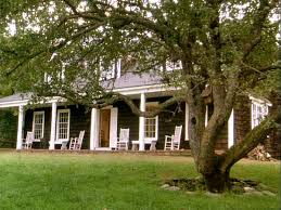 Cottage Front Porch Ideas by 366 Best Screened Porches U0026 Front Porches Images On Pinterest