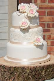 wedding cake essex vintage wedding cakes essex sticky fingers cake co