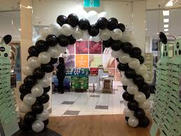 balloon arch decorations for weddings turquoise and coral wedding