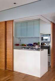 cuisine avec porte coulissante cuisine avec porte coulissante maison design bahbe com