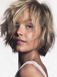 coupe cheveux tres fin coupe de cheveux homme visage carré cheveux secs blonds