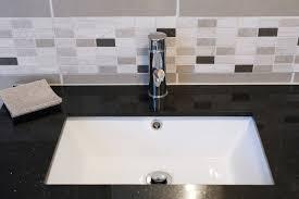 Bathroom Sink Backsplash Small Bathroom Design Xyuim White Sink - Bathroom sink backsplash