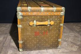 french steamer trunk from au touriste paris 1930s for sale at pamono