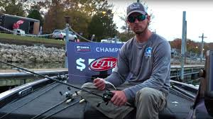 kentucky lake fishing guides sisk tosses topwater for ky lake victory flw fishing articles