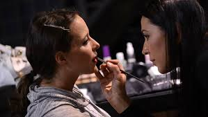How To Become A Licensed Makeup Artist How To Become A Makeup Artist