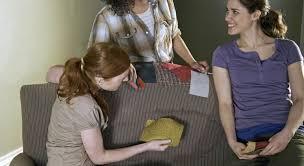 astuce de grand mere pour nettoyer un canapé en tissu astuces pour nettoyer le canapé