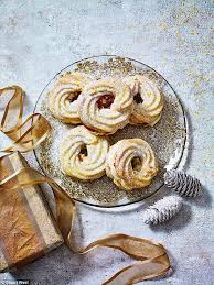christmas with a delicious twist viennese christmas wreaths