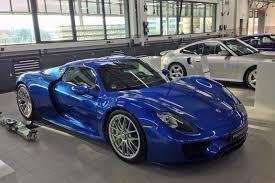 porsche blue blue sets off porsche 918 spyder very nicely
