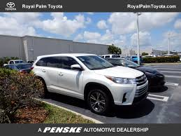 used car toyota highlander 2017 used toyota highlander le v6 fwd at royal palm toyota serving