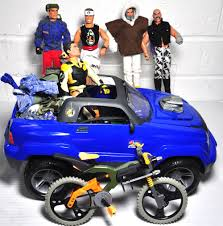 jeep mountain bike five action man figures together with a four wheel drive jeep