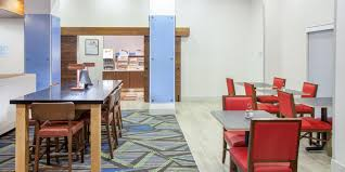 holiday inn express u0026 suites texarkana hotel by ihg