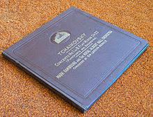 a photo album upload wikimedia org commons thumb d d9