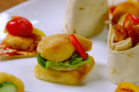 shoing canapé are freaking out about birds eye chicken dipper canapés