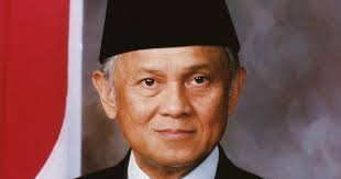 biografi bj habibie english b j habibie biography the third president of the republic of