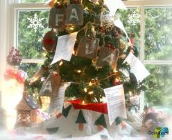 New Year Bay Decoration In Office 11 christmas decorations you can easily make from recycled materials