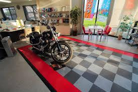 retail display gallery racedeck