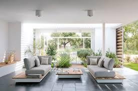 canap sol design exterieur canapé jardin manutti bois gris taupe carrelage