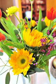 flowers store near me grocery store flowers make me happy mingle monday add a pinch
