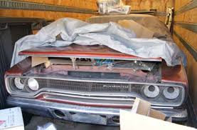 Barn Finds Cars Barn Finds Tractor Trailer Cars Quarto Drives